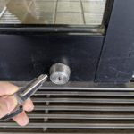 【基山町 鍵が鍵穴の中で折れた!】 折れ鍵抜き取り、合鍵製作